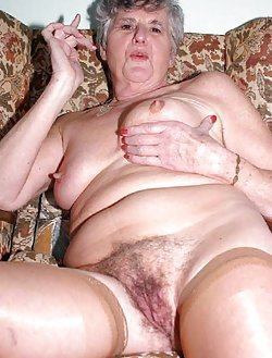 Posh amateur ladies showing their big boobies