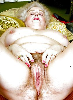 Ultra -skinny and very chubby matures in a hot porn gallery