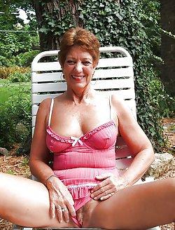 Older women still want to seduce