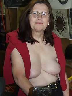 Stunning gallery featuring all-naked mature women