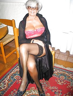 Sweet mature gilfs getting naked on photo