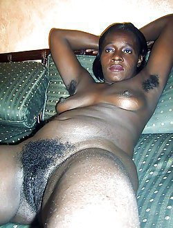 Nude bodies of fat black moms fully exposed