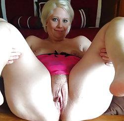 Erotic experienced granny having sex
